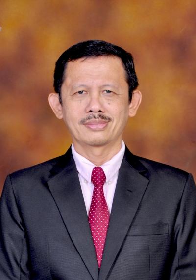 Wing Wahyu Winarno, Dr, MAFIS, Ak., CA.